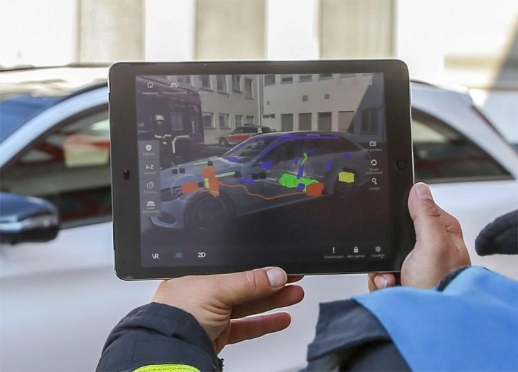 Mercedes-Benz Rescue Assist App